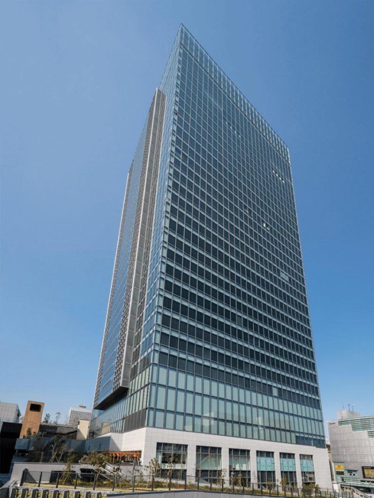 東京都(日本)/JR新宿ミライナタワー 採用製品:MS2500・MS2970typeNS・PS169N・PU9000typeNB